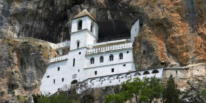ostrog manastırı montenegro